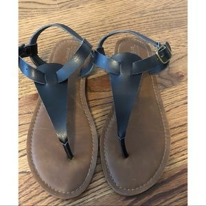 Mossimo woman's black sandals worn once